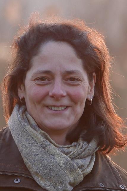 Pauline Yoga Mayura Voorschoten